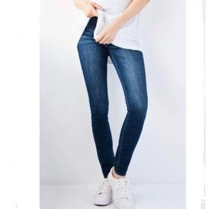 ARTICLES OF SOCIETY NWT SKINNY MATERNITY JEANS 27